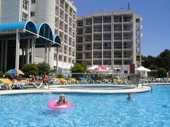 Salou 032 pool