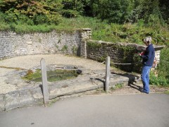 Tewkesbury 2012 033 []