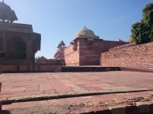 Maryam's House (L) and Jodha Bai's Palace (R)