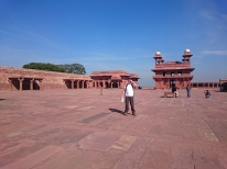 Pachisi Court looking towards the Diwan-i-Khas private meeting chamber