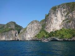 Approaching Phi Phi island