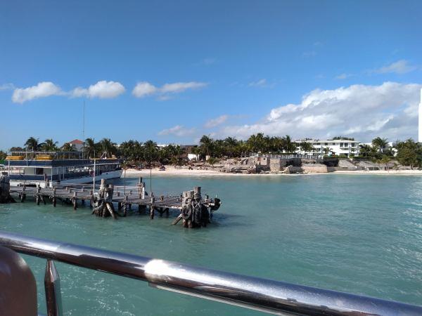 The jetty at Playa Tortuga