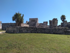 Tulum ruins with the Castillo in the background