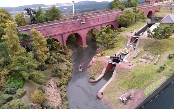Viaduct and canal lock on 'Priorsfield'