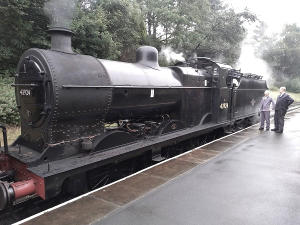 Midland 4F 0-6-0 No.43924 at Oxenhope station