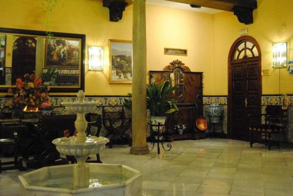 Hotel Reina Cristina